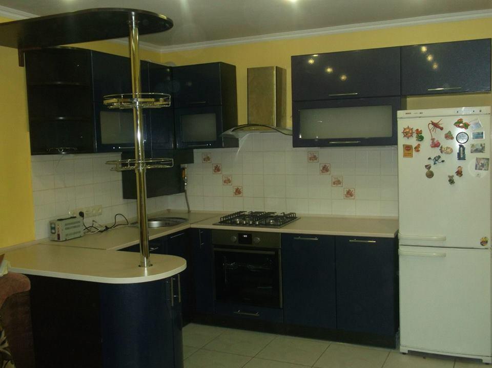 Кухня МДФ глянец 2200*2800*1600мм