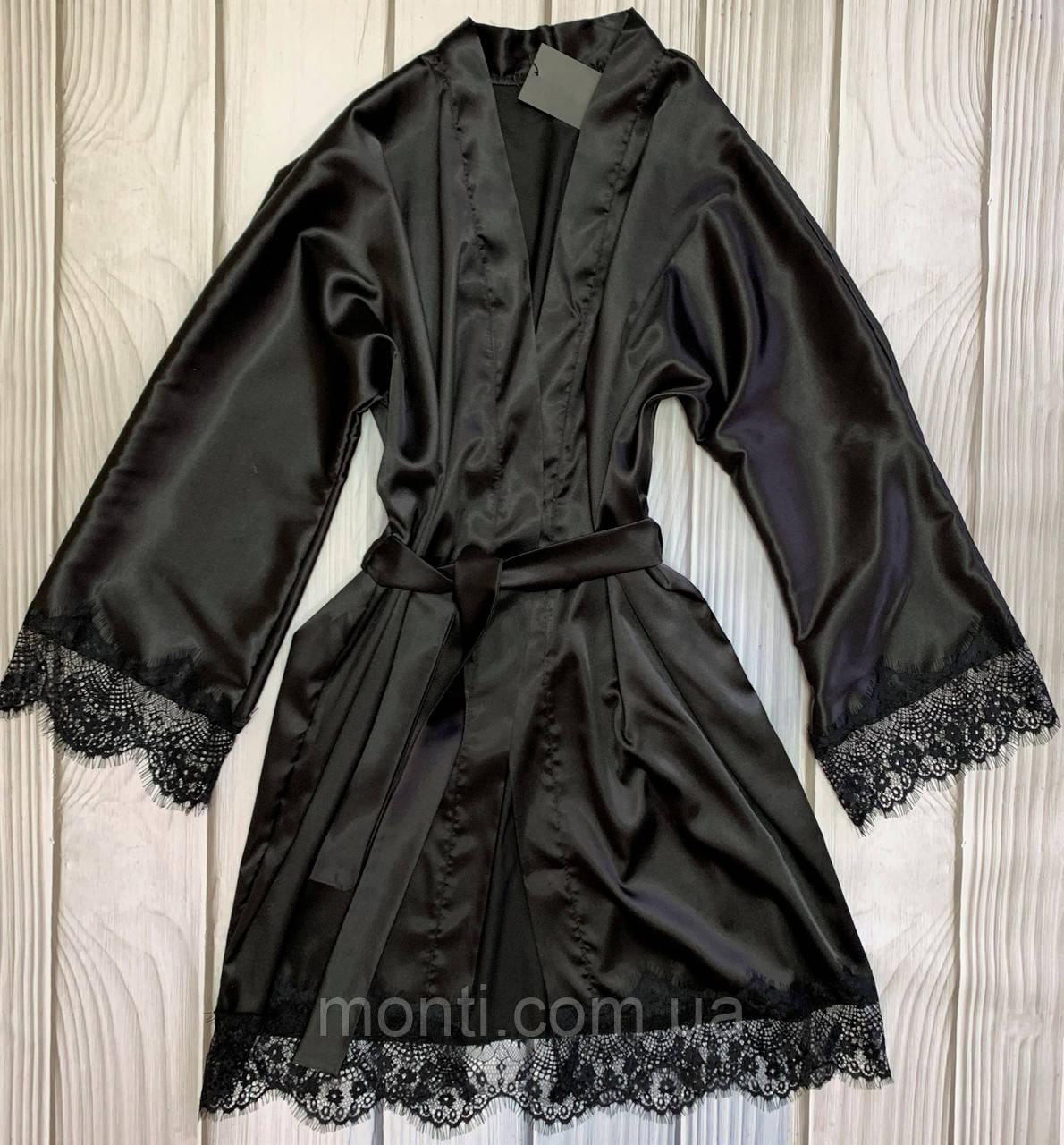Вишуканий атласний жіночий халат з французьким мереживом