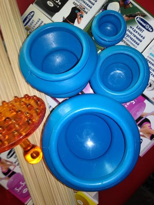 Резинові масажні вакуумні банки 4 шт резиновые массажные вакуумные банки