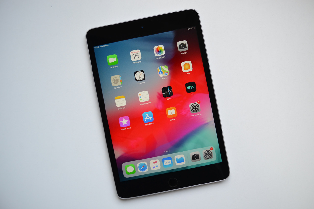 Планшет Apple iPad Mini 4 32Gb Wi-Fi  Space Gray A1538 Оригинал!