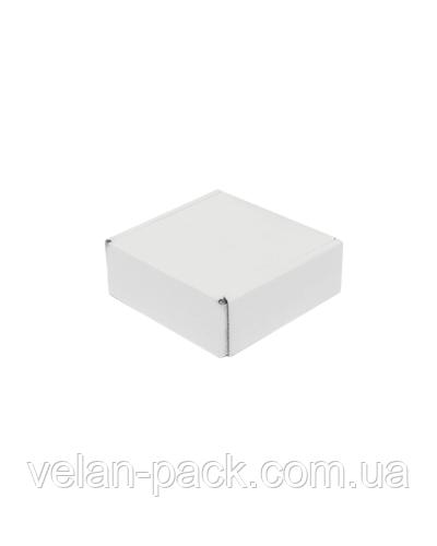 Самосборная коробка 102*102*37 белая