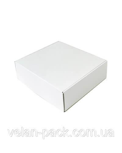 Самосборная коробка 310*265*90 белая