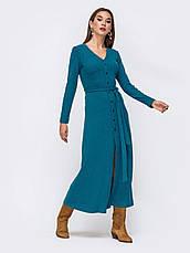 Практичное платье приталенного силуэта из приятного к телу трикотажа с нитью люрекса джинс розмір 44 46 48, фото 3