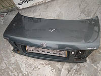 Крышка багажника Mazda 626 GE седан