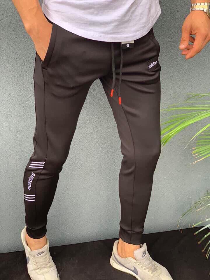 Мужские спортивные штаны на манжете Adidas черные. Живое фото