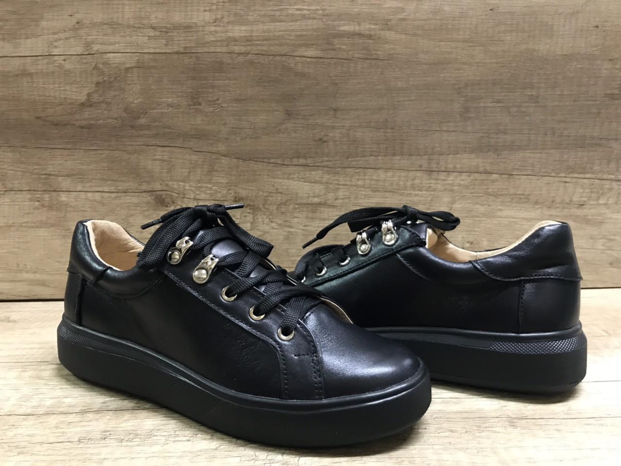 Стильные женские кеды черного цвета Anridecollo 649/161