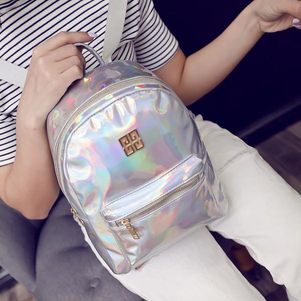 Стильный серебристый рюкзак-голограмма Givenchy