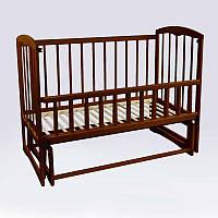 """Детская кроватка деревянная ТМ Наталка """"Спим"""" Темно-коричневый с маятником и откидным бортиком"""