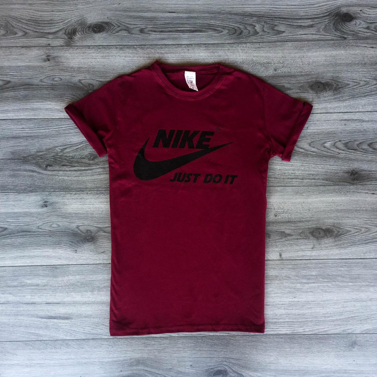 Футболка мужская - в стиле Nike бордовый