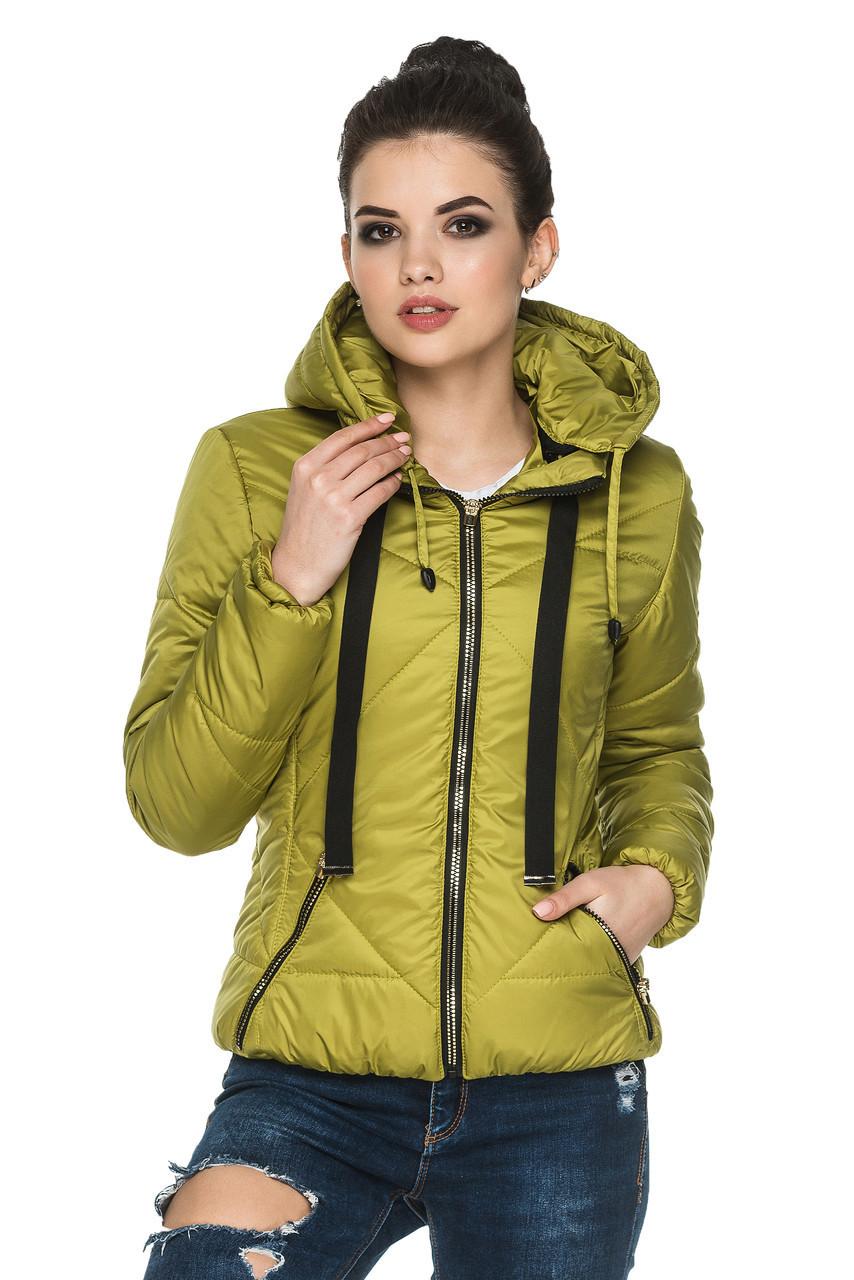 Женская демисезонная куртка с капюшоном Анфиса