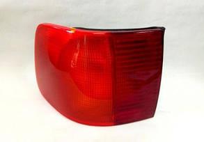 Левый задний внешний фонарь (кузов седан, тип С4) без платы Ауди 100 -94 / AUDI 100 C4 (1991-1995)