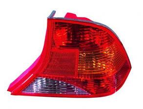 Правый задний фонарь кузов седан без патрона Форд Фокус 98-04 / FORD FOCUS I (1998-2004)
