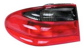 Левый задний внешний фонарь кузов седан, красно-дымчатый без платы Мерседес 210 95-02 / MERCEDES E-Class W210 (1995-2002)