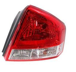 Правый задний фонарь кузов седан без платы Киа Черато -09 / KIA CERATO (2004-2009)