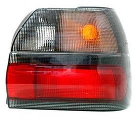 Правый задний фонарь Рено R19 -95, кузов седан CHAMADE, дымчатый, без платы / RENAULT R19 (1992-1996)