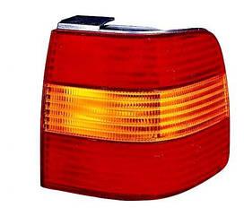 Правый задний фонарь Вольксваген Пассат B4, кузов седан , внешний, желто-красный, без платы / VOLKSWAGEN PASSAT B4 (1993-1996)