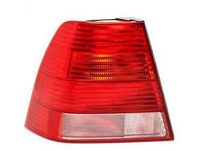 Левый задний фонарь Вольксваген Бора 98-05, кузов седан, белая вставка, без платы / VOLKSWAGEN BORA (1999-2005)