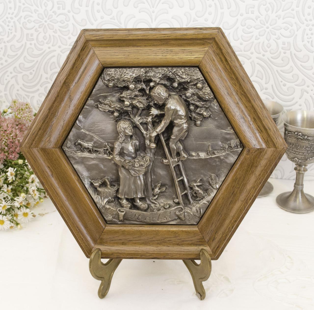 Картина оловянная в деревянной раме, олово, Германия, Осень, Четыре сезона