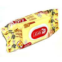 Салфетка влажная  с клапаном ТМ Lili для детей с экстрактом календулы и витамином Е (120 шт.), фото 1