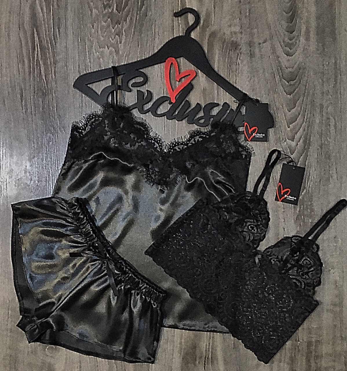 Чорна піжама трійка майка+шорти+мереживною топ.
