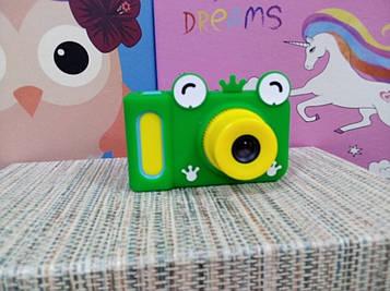 Чехол на детский фотоаппарат зеленая лягушка