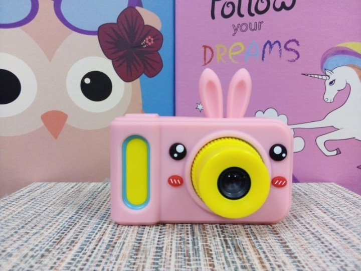 Чехол на детский фотоаппарат розовый зайчик