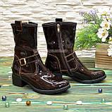 Ботинки женские демисезонные на маленьком каблуке, из натуральной лаковой кожи, фото 2