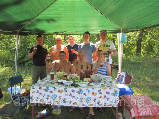 Зустріч домашніх пивоварів у Первомайску (на ріці Південний Буг)