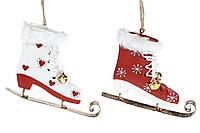 Подвесной декор Коньки, 10см, 2 вида, цвет - белый с красным