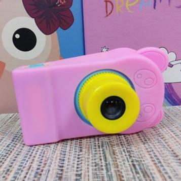 Силиконовый чехол на детский фотоаппарат розовый мишка