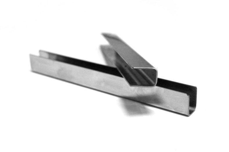 ODF-04-13-01-L1200 Профиль из нержавейки под стекло 8 мм (сатин) с отверстиями
