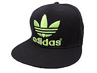 Черная кепка Adidas с салатовой надписью