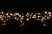 Уличная светодиодная гирлянда бахрома Lumion Icicle Light (Айсикл лайт) 90 led  наружная бел.теп. с мерцанием