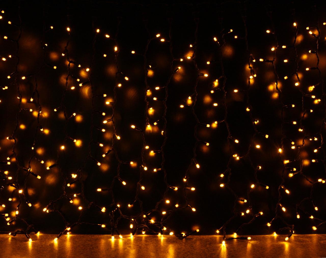 Уличная светодиодная гирлянда Штора Lumion Curtain (Куртейн) 912 led цвет желтый без каб пит