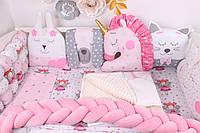 Комплект в кроватку с игрушками и бортиком косичкой в Розовом цвете