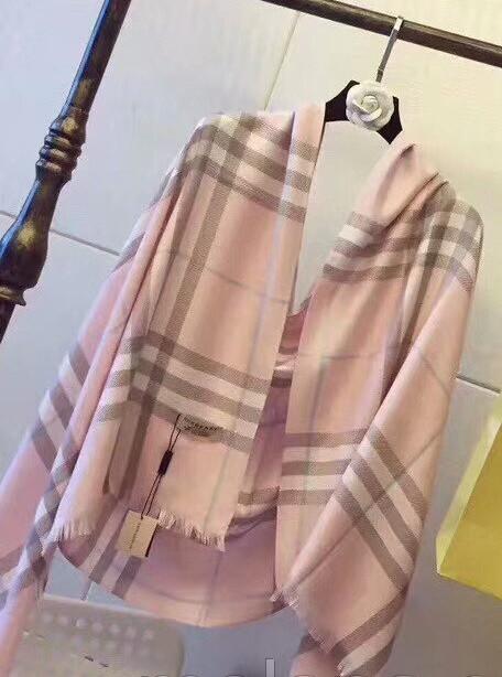 Палантин шарф женский  Burberry ,барбери.  Розовый