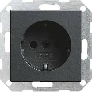 Gira 018828. Розетка с заземляющими контактами System 55