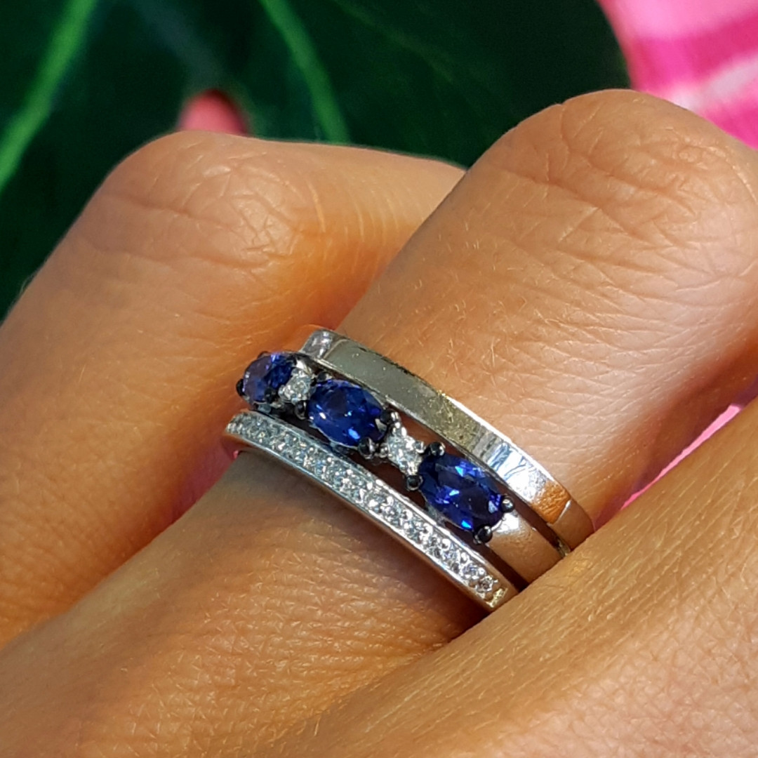 """Серебряное кольцо с золотом и синими камнями """"маркиз"""" - Кольцо дорожка с синими камнями"""