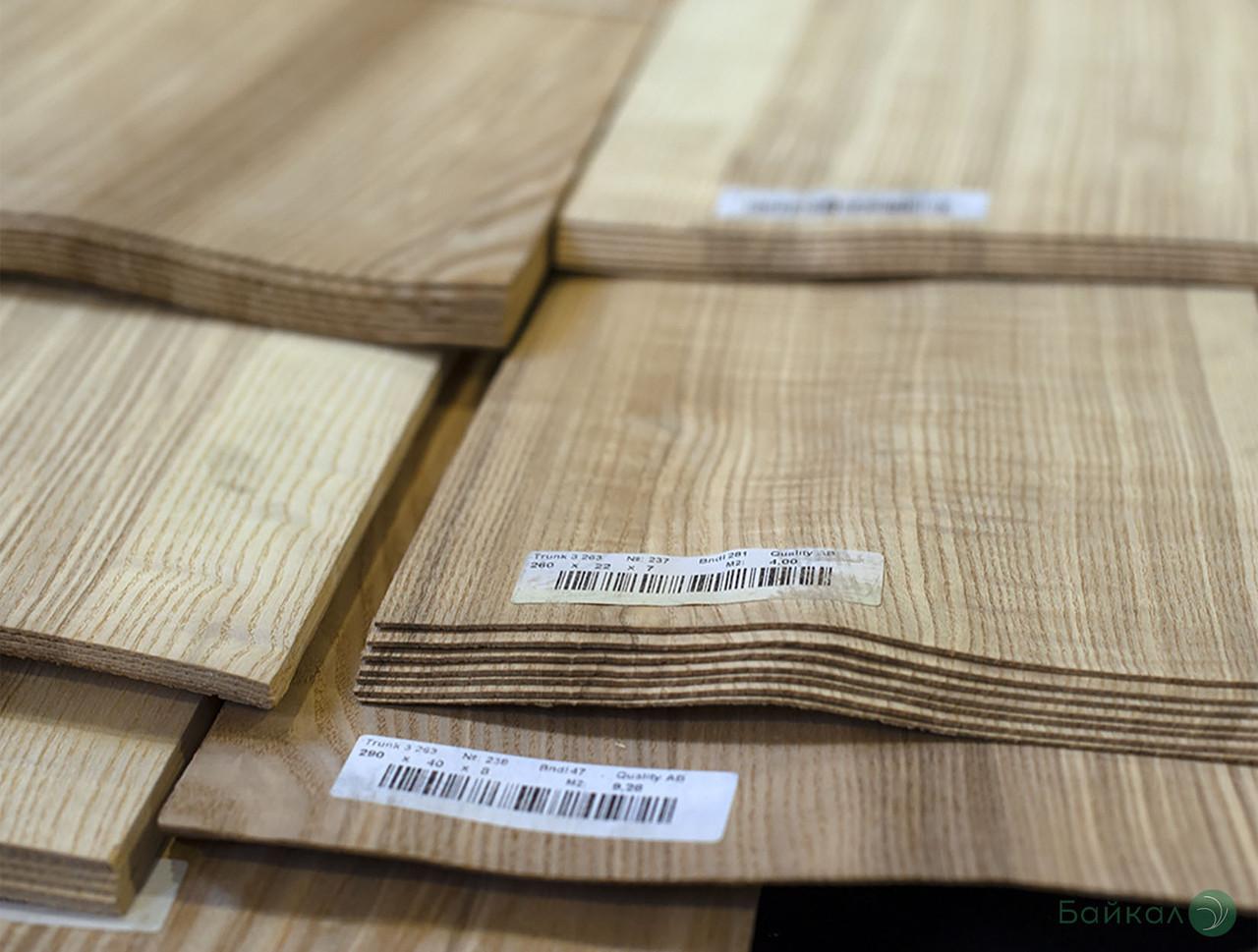 Шпон Ясеня Кольорового - 1,5 мм довжина від 0,50 - 0,75 м / ширина від 9 см (I гатунок)