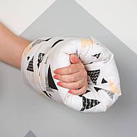 """Подушка для кормления на руку для малыша """"Треугольнички"""""""