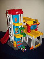 Развивающая игрушка Fisher Price гараж c машинками