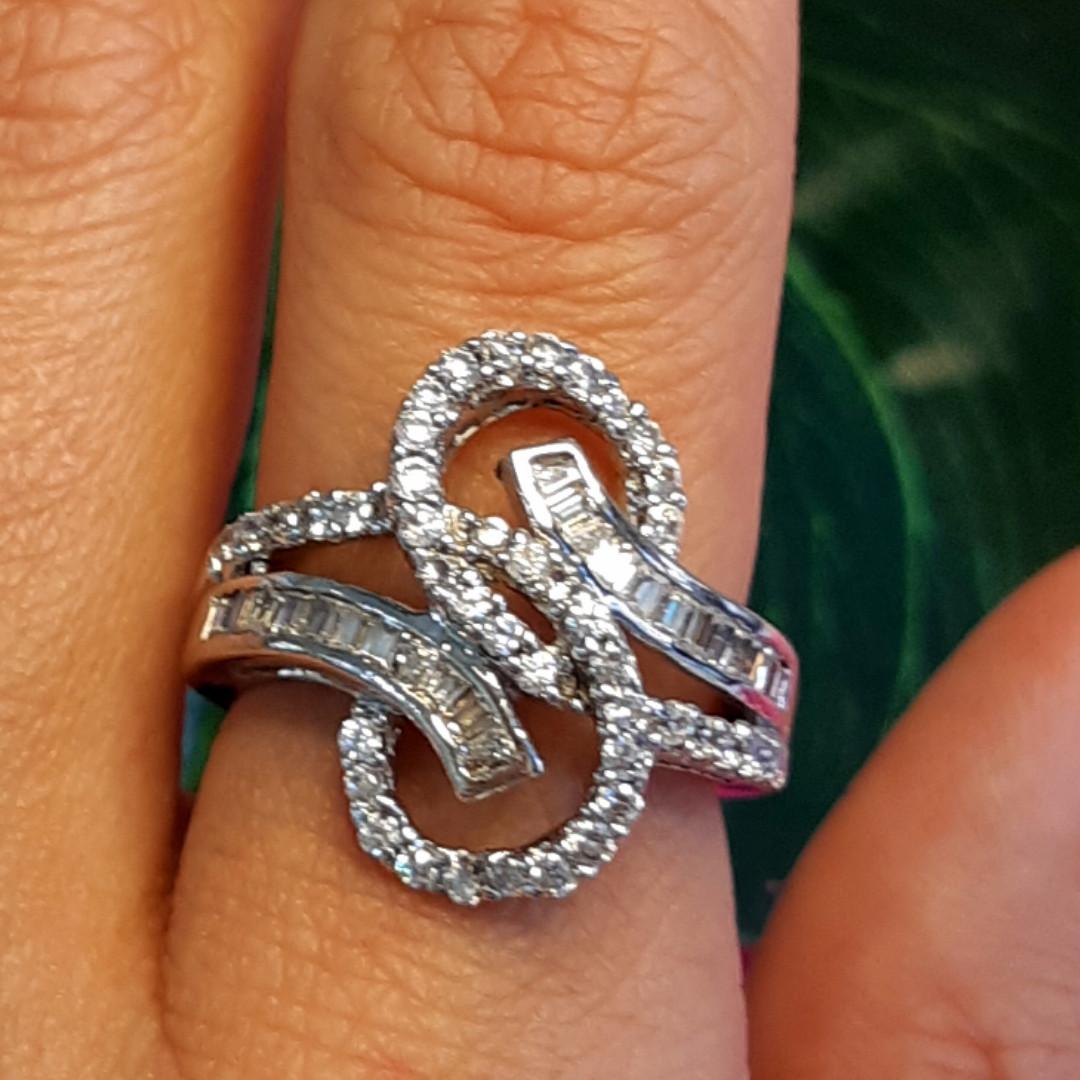 """Серебряное родированное кольцо с фианитами """"багет"""" - Брендовое стильное кольцо серебро"""