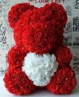 Мишка в коробке из роз 40 см цвет красный