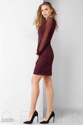 Теплое повседневное платье с круглым вырезом и эффектным рукавом цвет марсала, фото 2