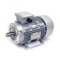 Электродвигатели асинхронные трехфазные. Исполнение- на лапах и с фланцем. 1000 об/мин, 7.5 кВт