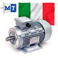 Электродвигатели асинхронные трехфазные. Исполнение- на лапах и с фланцем. 1500 об/мин, 0.09 кВт
