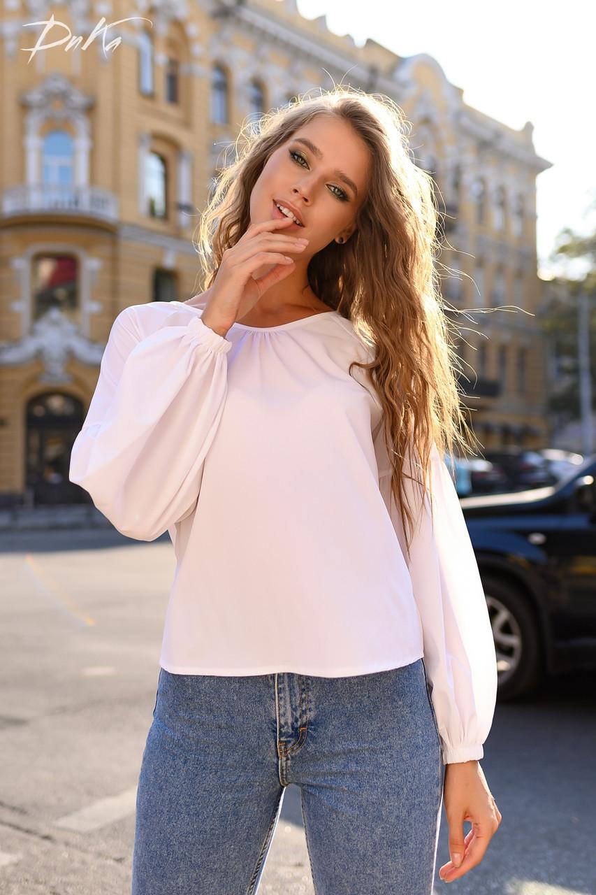 Свободная блуза в однотонной расцветке