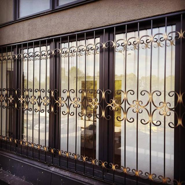 Кованые решетки на окна и балконы  -1