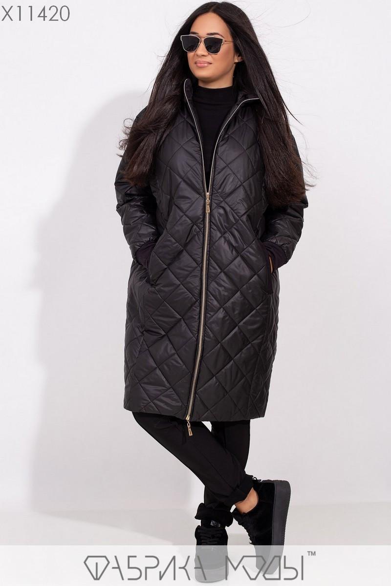 Пальто-стежка прямого кроя с капюшоном, рукавами на манжете и прорезными карманами X11420