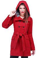 Строгое приталенное женское пальто с пуговицами под пояс